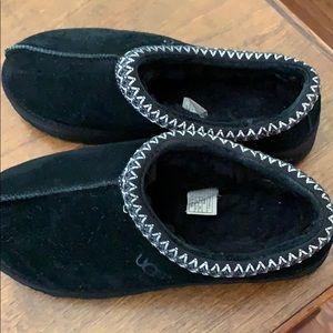 Size 10 Ugg Tasman Slippers